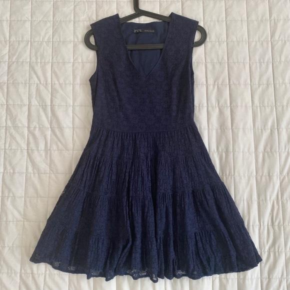 Navy lace Zara dress